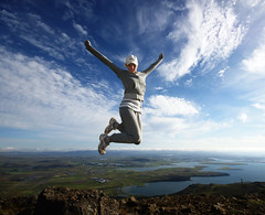 I believe i can fly (Ptur Gunn Photograpphy) Tags: above sky mountain standing fly flying is iceland high top touch can we m believe about reykjavk esjan silja 850 sealevel i stefnsdttir