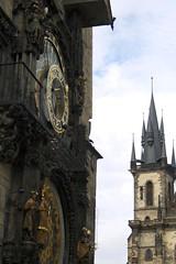 Guglie (migliorare con l'et :)) Tags: clock church architecture canon prague spires ngc praga chiesa orologio architettura astronomical astronomico guglie pragueorloj eos400d