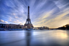 eiffel long exposure (Benjamin Godard Photography) Tags: longexposure paris tower seine nikon 500v20f group eiffeltower eiffel tokina 7eme 100 75 iledefrance hdr comment wwh d90 grandangle 1116 poselongue 1raw nd1000 tokina1116 100commentgroup