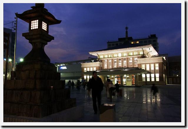 20101114_171637_JR奈良駅