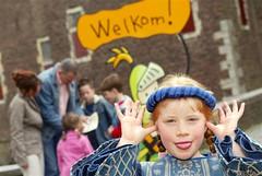 Kasteel Hoensbroek en brutaal prinsesje.jpg (Kasteel Hoensbroek) Tags: castle netherlands slot kasteel hoensbroek waterburcht