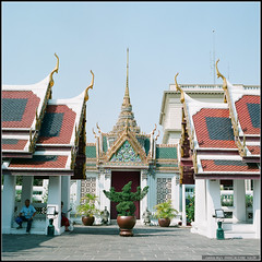 68590002 (My Memory of Happiness ) Tags: life thailand bangkok hasselblad cf    80mm 500cm