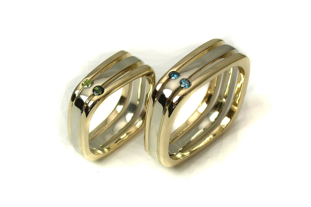 two-tone gold square bands