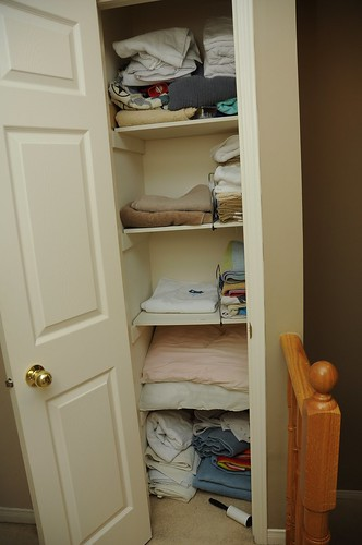 Organizing The Linen Closet