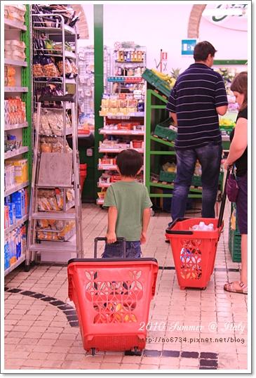 2010-08-17   19-20-41 Day10 Venice-Rome_0389 f