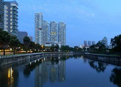 The spectacular Kallang Canal.