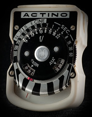 Actino White (A*J*P) Tags: light exposure collection meter lightmeter exposuremeter