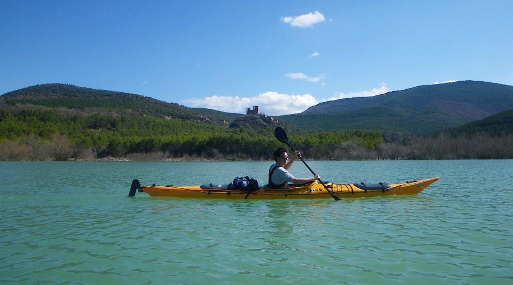Pantano de Yesa en kayak 008