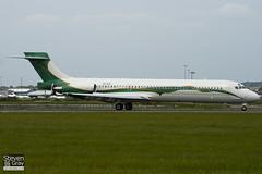 VP-CTF - 49777 - AMAC Aerospace - McDonnell Douglas MD-87 - Luton - 100526 - Steven Gray - IMG_2813