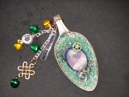 Glass Glitter Charm 013
