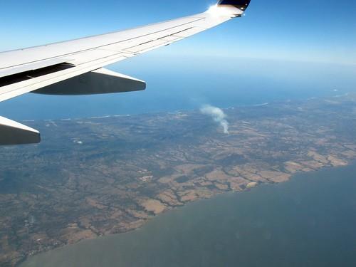 between Lago de Nicaragua and the Pacific ocean