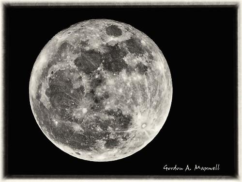 Moon 20 B&W