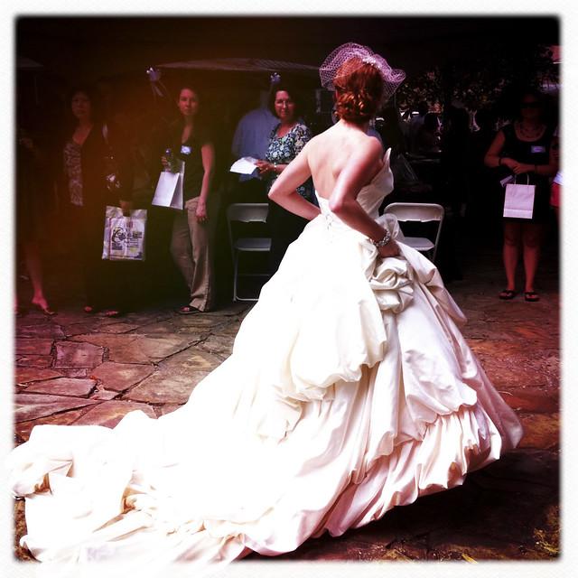 032711 Magnolia Manor Bridal Show-23