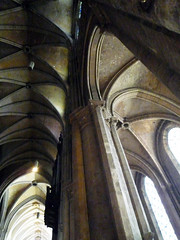 Chartres, Nave & South Aisle Vaulting