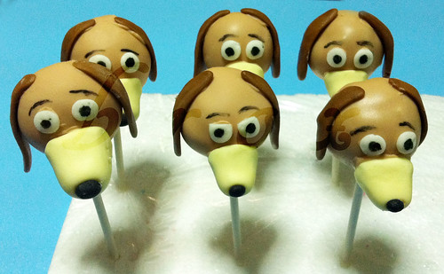 slinky dog cake pops by broxsg