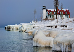 """Icy Shores""  Point Betsie Lighthouse, Crystallia, Michigan (Michigan Nut) Tags: winter usa snow reflection ice icicles recent michiganlighthouses pointbetsielighthouse nikonnikkor70300mmf4556gedifafsvrtelephotozoomlens"