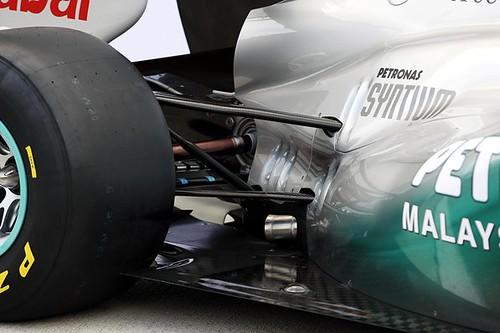 2011-Mercedes-gp-W02-4