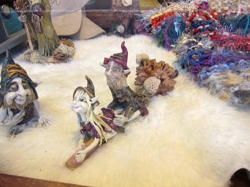 Ushuaia - perverted elf statues