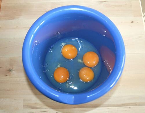 09 - Eier aufschlagen