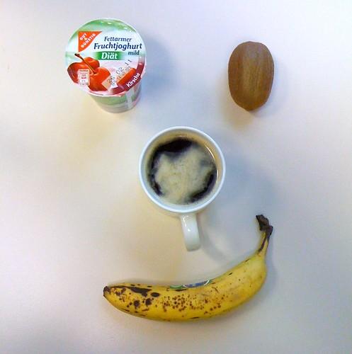 Diät-Kirschjoghurt, Banane & Kiwi