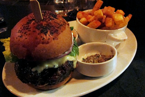 Lazy Ox Canteen: Burger