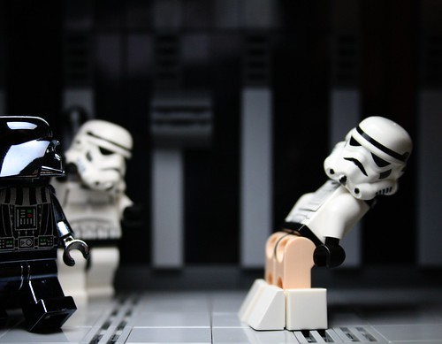 """""""I find your lack of pants..... disturbing..."""""""