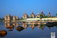 Orchha (M P Tourism) Tags: india river madhyapradesh orchha bundelkhand cenotaphs chhatris bundelas betwariver