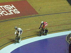Women's Sprint 1/4 finals - Anna Meares and Jessica Varnish (murky) Tags: manchester velodrome nationalcyclingcentre annameares uciworldcupclassics jessicavarnish