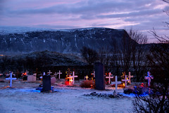 Kotstrandarkirkja Graveyard Lights (little_frank) Tags: christmas morning winter light panorama white mountain snow nature beautiful cemetery graveyard last landscape dead island death dawn iceland islandia scenery europe solitude die remember loneliness quiet peace silent view place cross little rip small hill prayer religion tombstone north dream surreal peaceful special mount ancestor morte neve gravestone rest pace nordic christianity remembrance fabulous piccolo northern past inverno natale luce impressive vastness islande cimitero islanda semetery suurland inglfsfjall sudurland sland kotstrandarkirkja kotstrnd ingolfsfjall kotstrond
