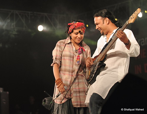 Dhaka World Music Fest 06 (IMG_2352a_f)