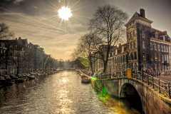 Amsterdam featuring lens flare/smiley face (A r l e t t e (reloaded)) Tags: bridge amsterdam canal smiley lensflare prinsengracht brug hdr stad sincity gracht smileyface looiersgracht 3xp photomatix prinsengrachthoeklooiersgracht