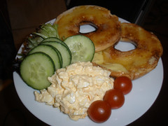 Toasted bagel with egg salad