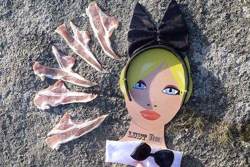LUST (maf*pHew) Tags: bunny bacon random bowtie ears romance meat blonde granite lust blont mafphew mafphoto