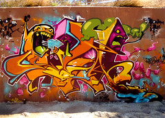 INCA _____ AloN3_ 2011 (SRCARAMELOS) Tags: urban colors inca toys one paint colours spray urbanart alicante satan hunter sez graff eds 2011 2k11 pistolo