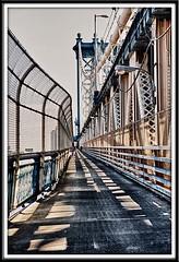 ManhattanBridge_Feb272011_0312 (Roni Chastain Photography) Tags: nyc bridge manhattanbridge eastriver nikonflickraward wwwcustomphotonotescom ronimchastain