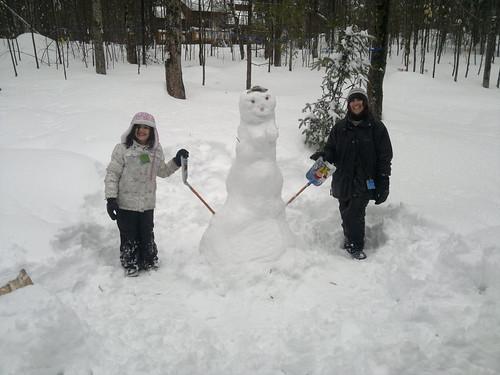 Bonne-femme de neige by ngoldapple