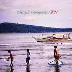 Childs of Nasugbu Batangas - Philippines - (Margall photography) Tags: sea fish photography boat child pentax philippines childrens marco batangas bata childs nasugbu m20 galletto margall mygearandme