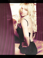 Inside Out - Britney Spears (Joshie.yeye) Tags: spears femme special edition britney fatale joshtings