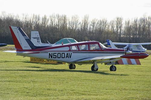 N500AV-shobdon-13032011