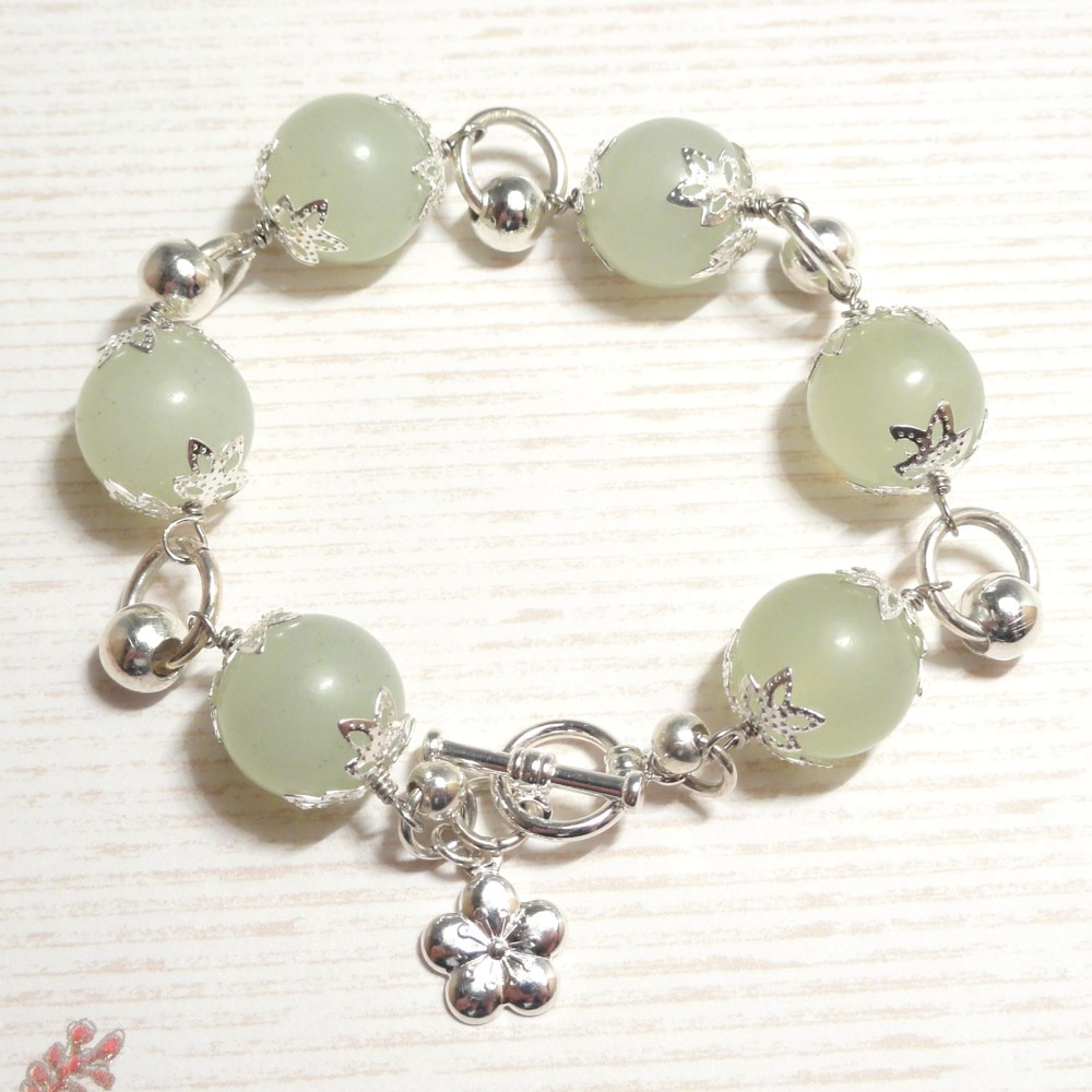 Jade Bracelet with Silver - Calm Breeze