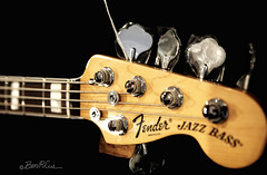 Fine Stock (Ben Cue) Tags: electric maple bass guitar deluxe jazz v fender chrome american decal passive active 2010 headstock rosewood electricbass tuners 70sstyle 5string blockinlays fenderlogo neckbinding whitepearloid glosspolyurethane passivetonecontrol strongarmstringretainer genuinebonenut tintedneck posiflexgraphitenecksupportrods rolledfingerboardedges