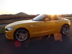 BMW Z4 35IS Atacama Yellow (marathoni73) Tags: light sun car sonnenuntergang dusk atacama bmw z4 motorsport romantik kulisse e89 bmwroadster 35is z435is atacamayellow