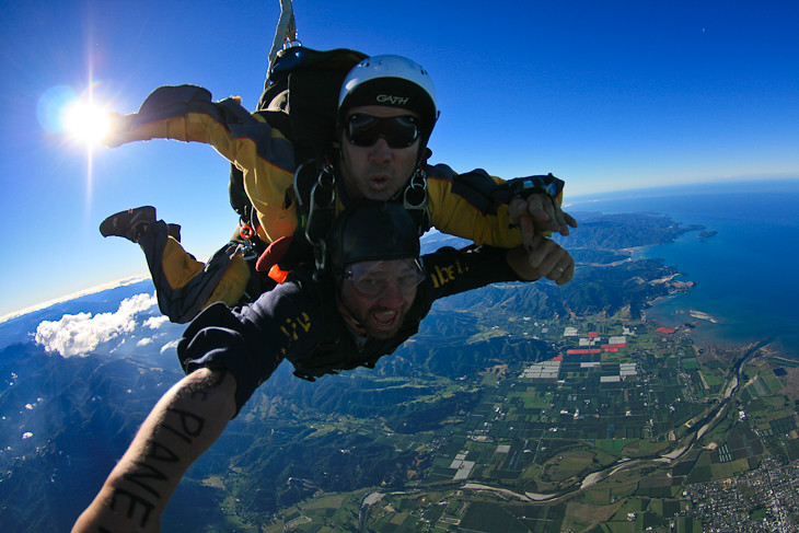 skydive abel tasman in mid air