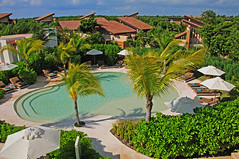 Banyan Tree Mayacoba, Riviera Maya (Victor Tamargo) Tags: travel sea beach mxico hotel mar sand playadelcarmen playa arena rivieramaya turismo spa vacaciones quintanaroo banyantreehotel campodegolf