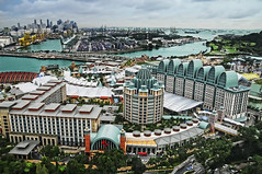 Sentosa update – View from Tiger Sky Tower (williamcho) Tags: tourism singapore clarity universalstudios sentosa attraction d300 kartpostal flickraward nikonflickraward topazadjust tigerskytower williamcho otels photosonsingapore flickrtravelaward picsonsingapore sentosapics aerialviewonsingapore