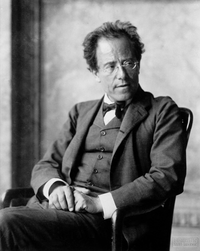 Photo_of_Gustav_Mahler_by_Moritz_Nähr_01