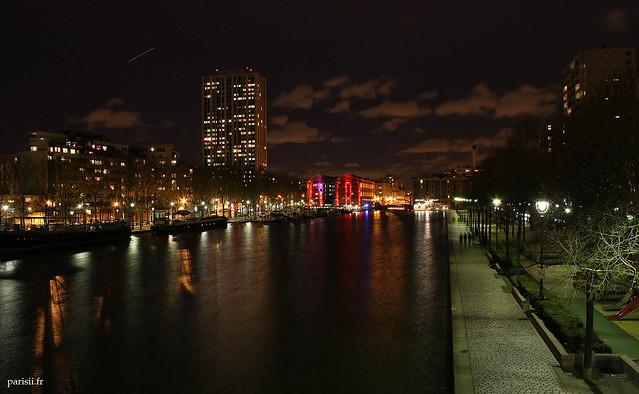 De nuit, le bassin est magnifique