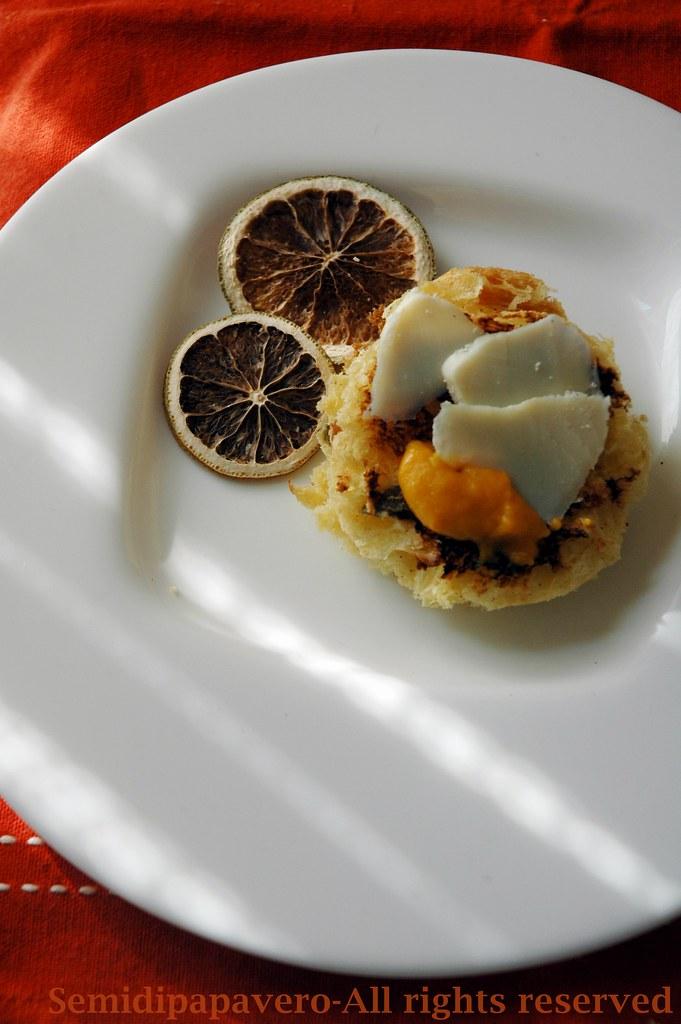Bruschetta di panettone con crema di carote e ricotta