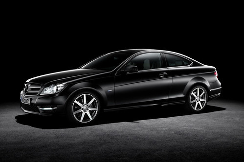 2012 Mercedes Benz C-Class Coupe Pictures