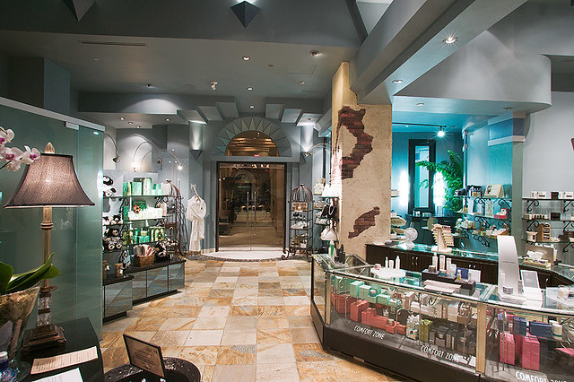 Spa Utopia Vancouver - Front Lobby
